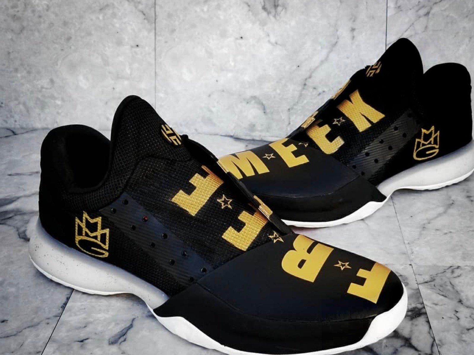 Free Meek Sneakers