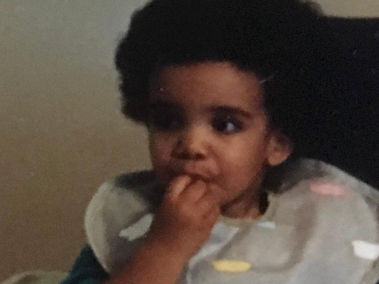 Drake Shares Vintage Pic For Throwback Thursday Me Thinking - Drake afro hairstyle