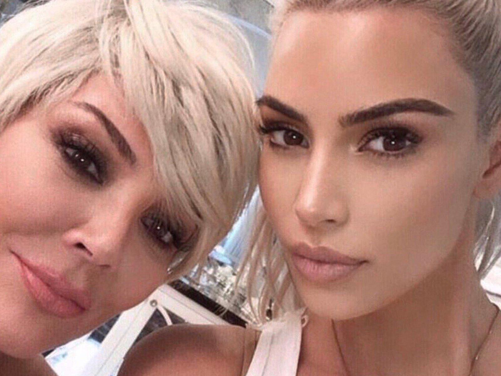 Kylie Jenner Kim Kardashian