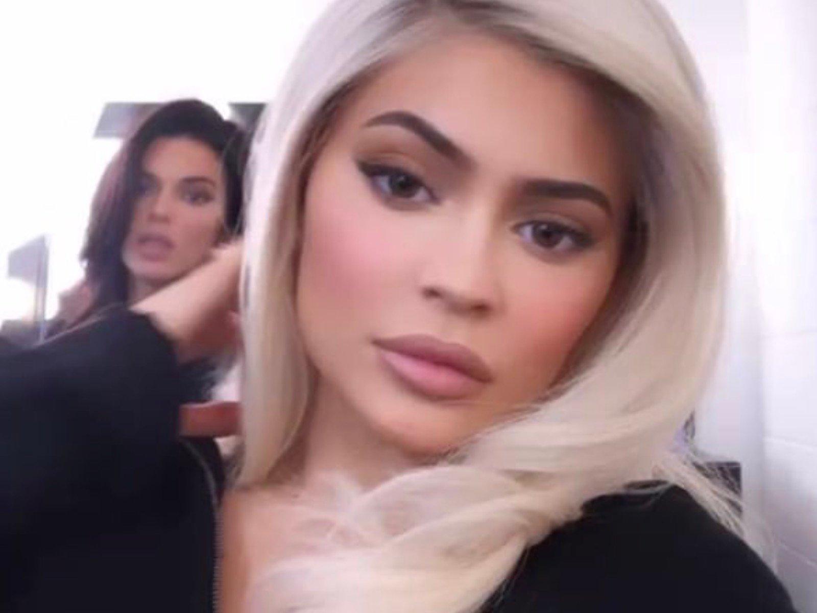 Kendall Jenner Kylie Jenner Video