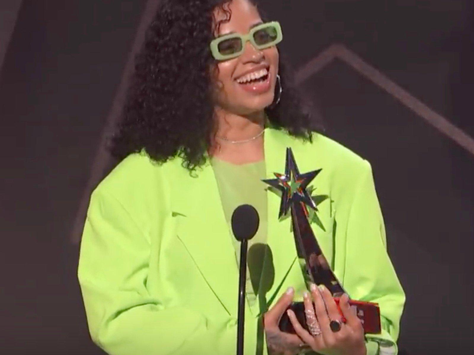 Ella Mai 2019 BET Awards Video