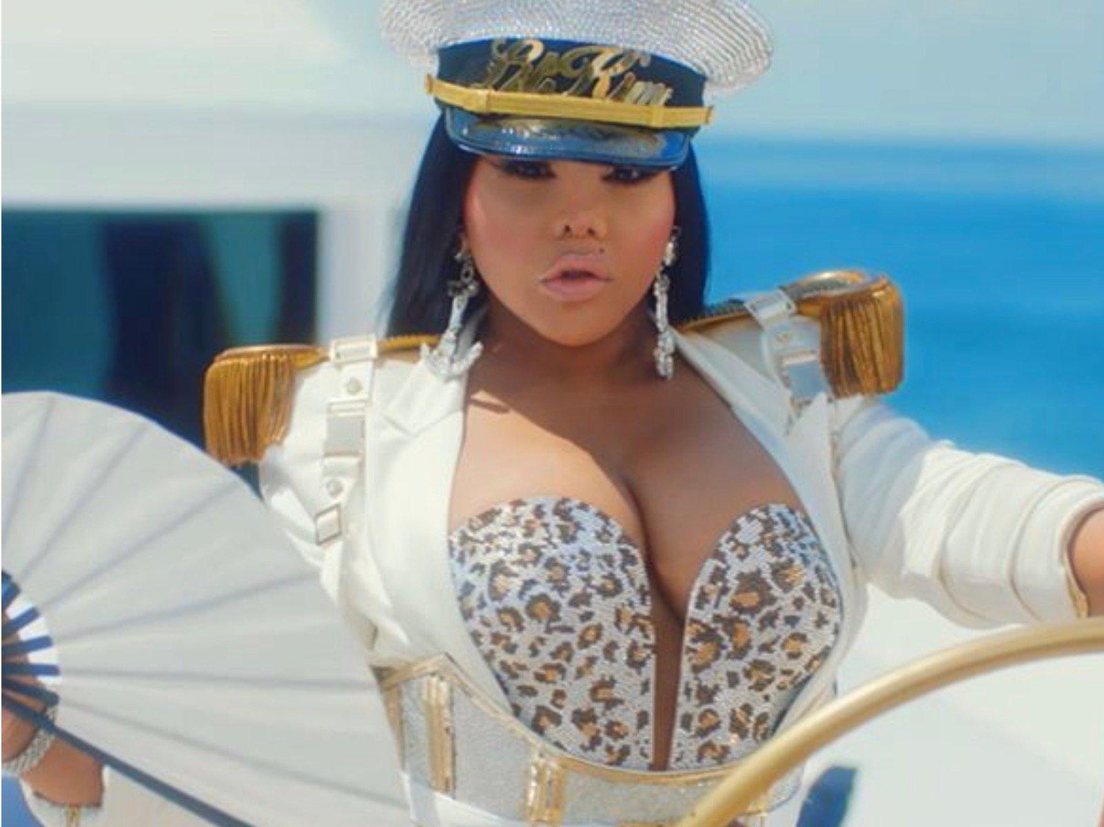 Lil' Kim Girls Cruise Video