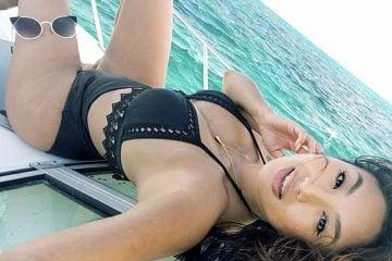 Jeannie Mai Selfie