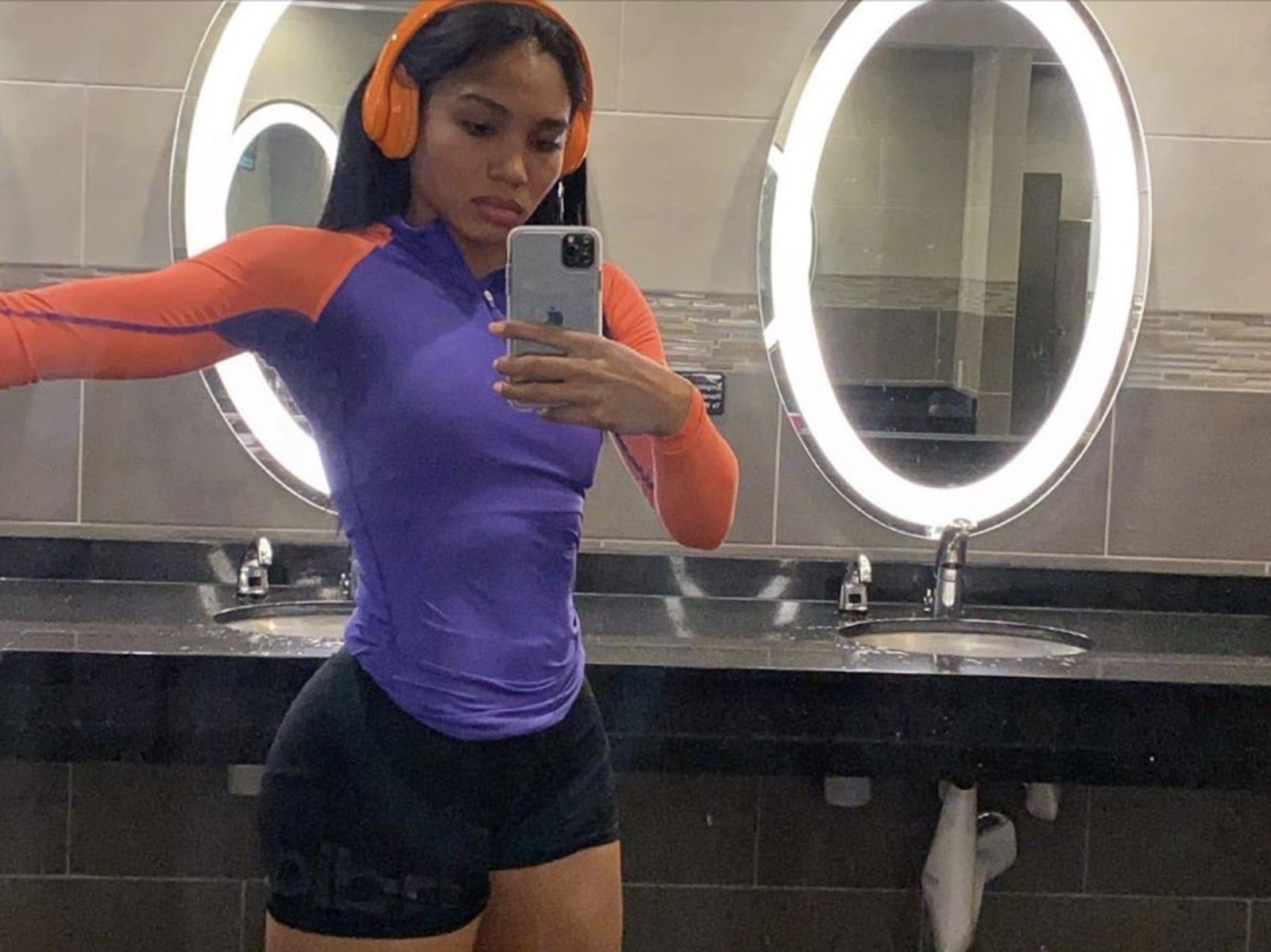 Cuban Link Workout Selfie Pic