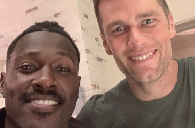 Antonio Brown Tom Brady Selfie