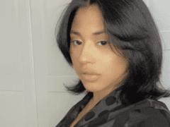 Hennessy Carolina Selfie Pic