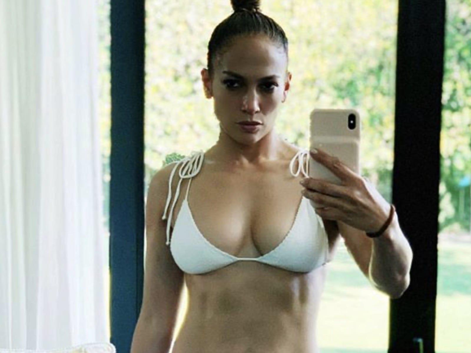 J. Lo Bikini Selfie Pic