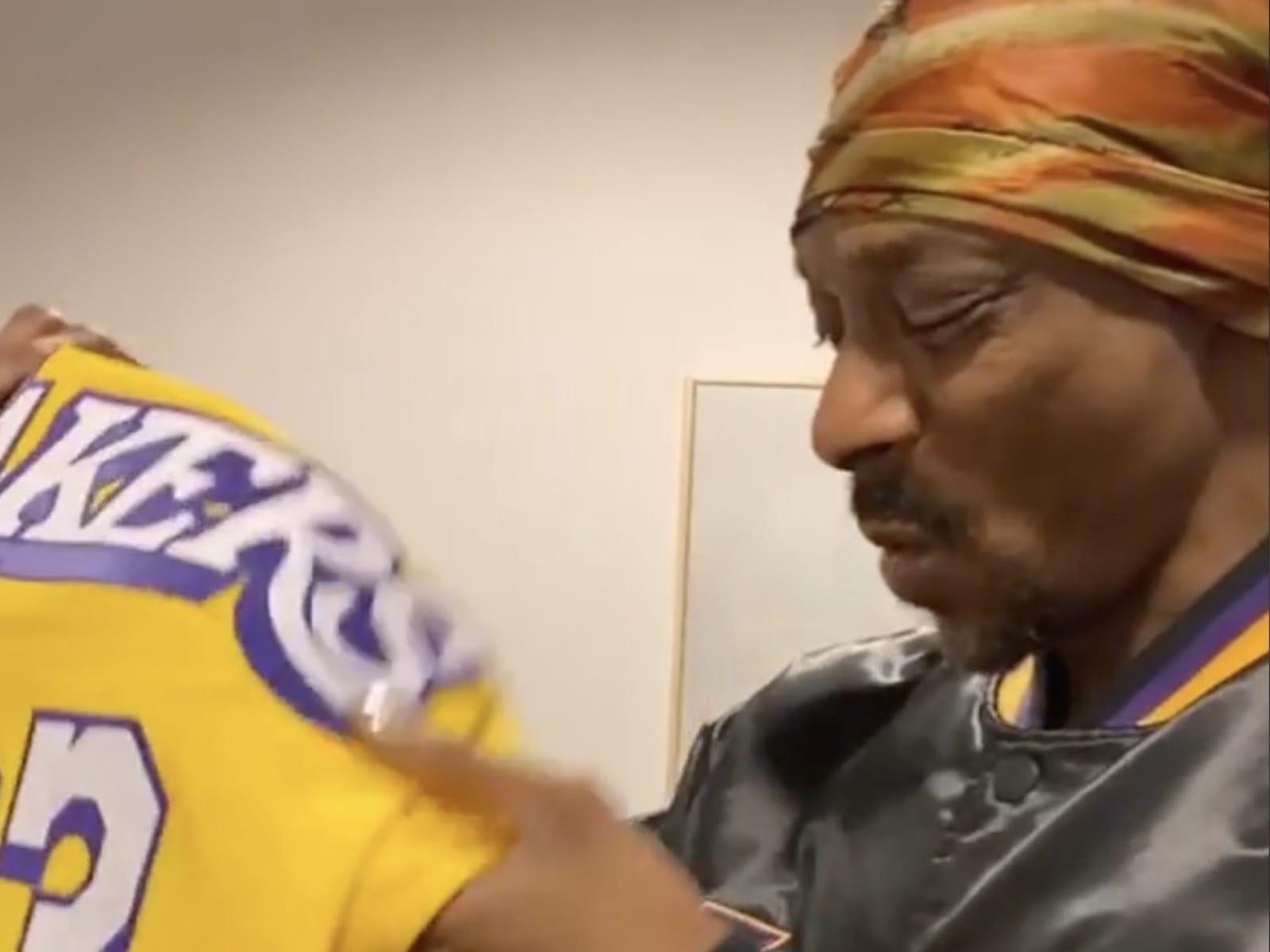 Snoop Dogg LA Lakers Swag