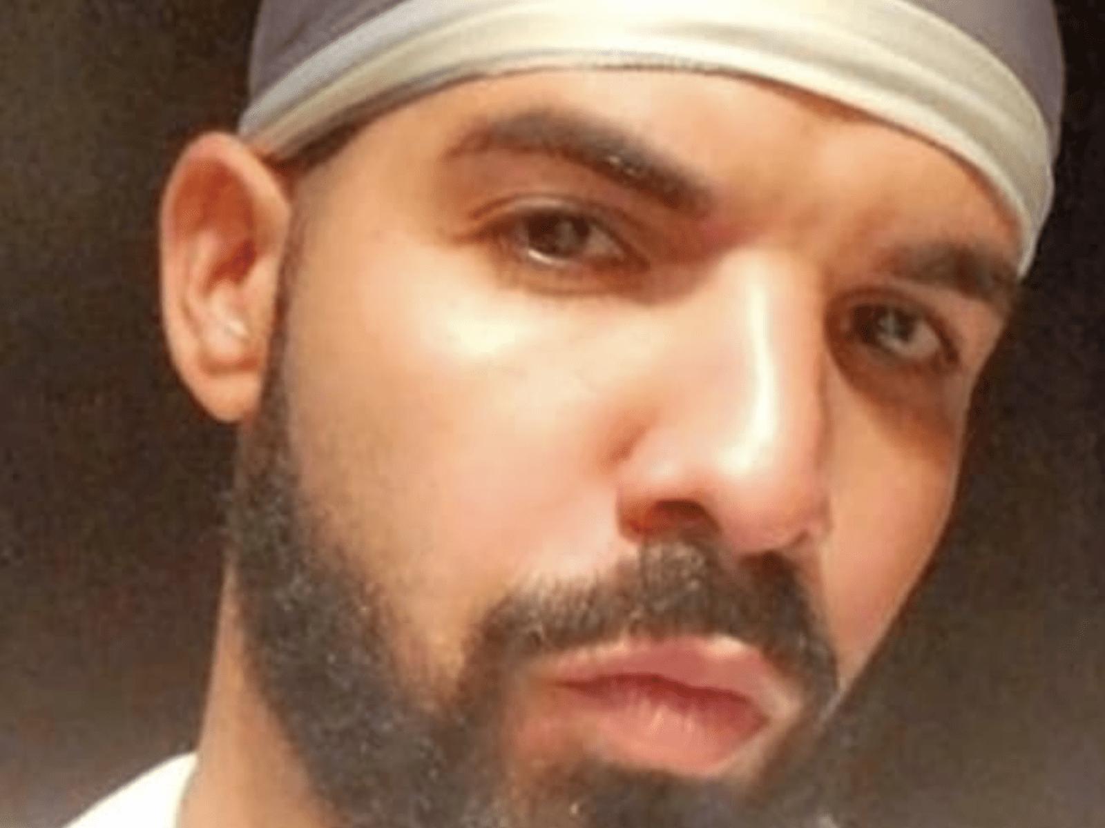 Drake Selfie Pic Moment April 17
