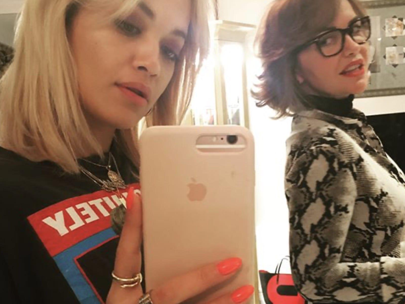 Rita Ora Mom Vera Ora Smile