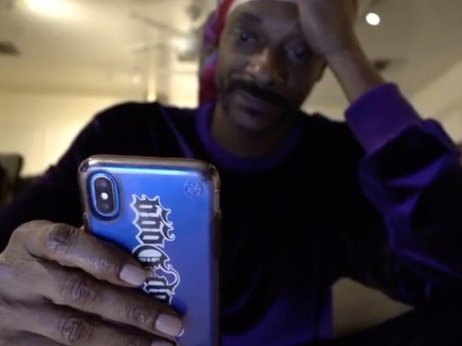 Snoop Dogg Seriously Needs Prayers For His Mom  SOHH.com