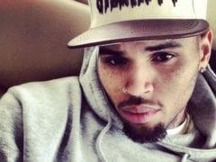 Chris Brown selfie moment