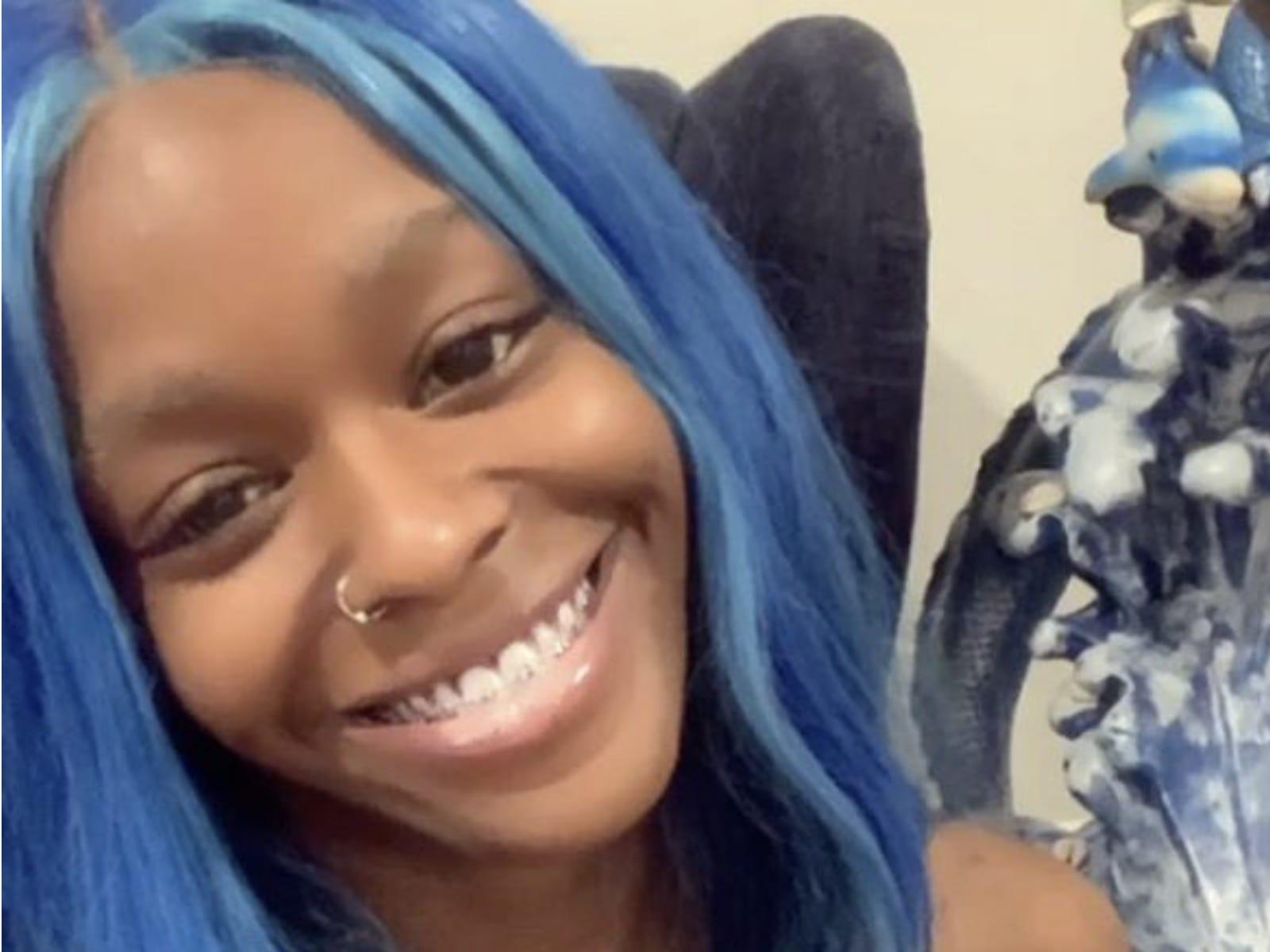 Azealia Banks Blue Hair Hates Los Angeles