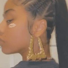 Hennessy Carolina's New Hairstyle