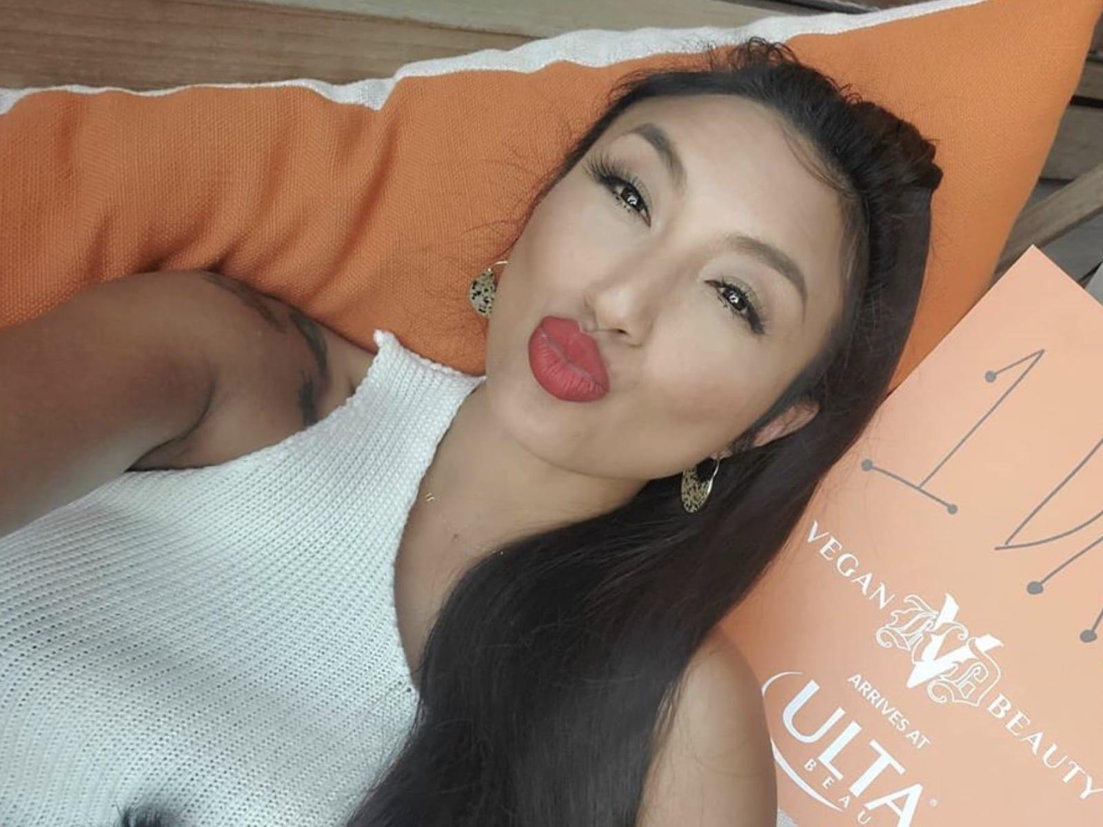 Jeannie Mai Kissing Selfie
