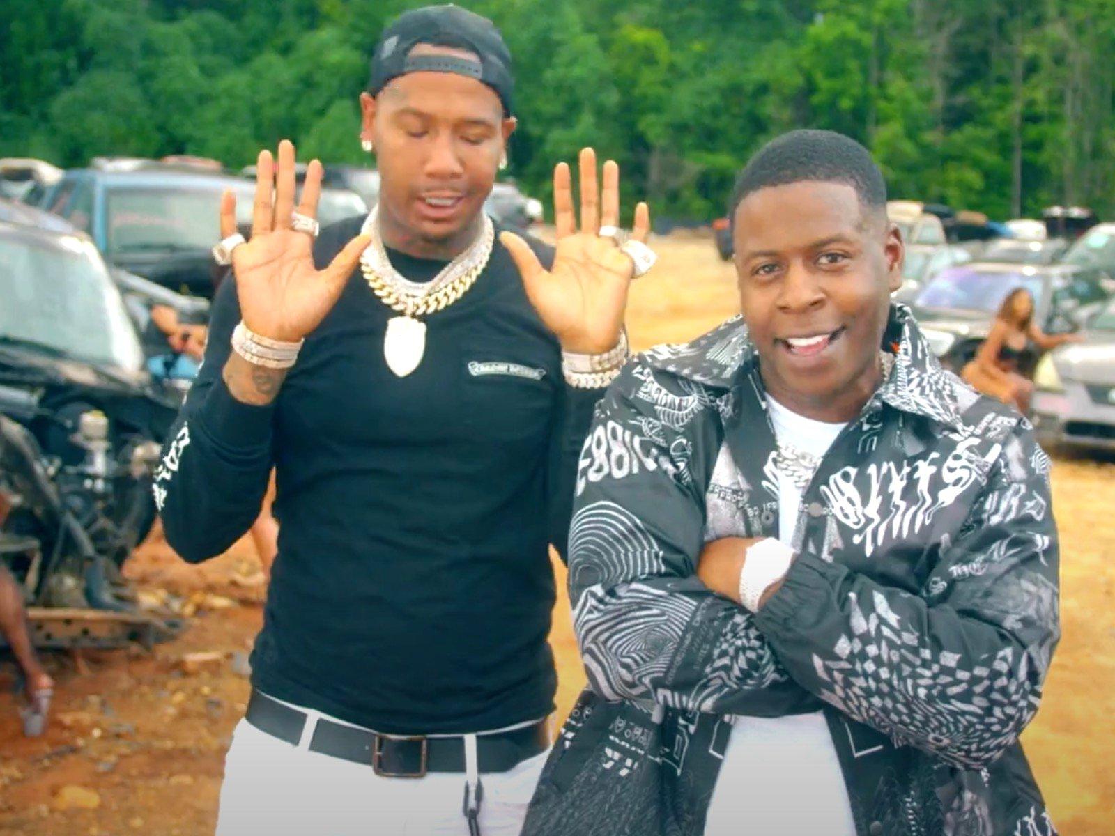 Moneybagg Yo + Blac Youngsta Turn Junkyard Into Party In Trickin A** N***a Video 7