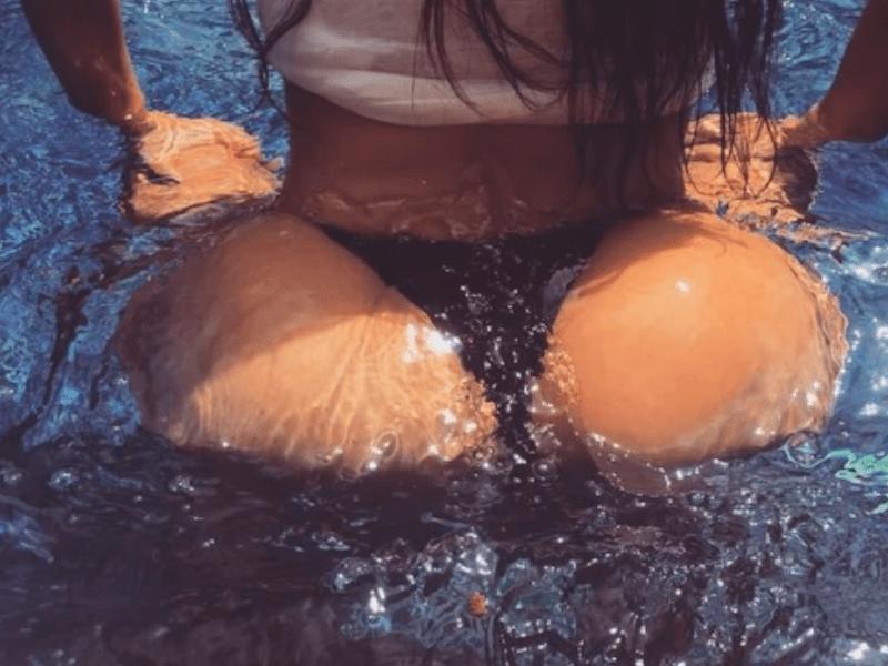 Kim Kardashian Ass Shake 111